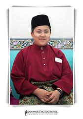 Meet Adik Muhammad  (AnNamir c[_]) Tags: portrait cute closeup canon photography 350d kitlens littleboy 580ex muhammad cuteboy speedlite inperson tv9 muslimboy alhafiz annamir dqkkb dewanmuktamar amazingboy huffaz marimengaji adikmuhammad muhammadahmadzahid dihqa mohammadbinahmedzahid maribertarannum ustazzamri familygetty2010