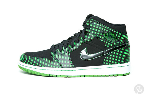 "Air Jordan 1 Retro ""Chlorophyl"""