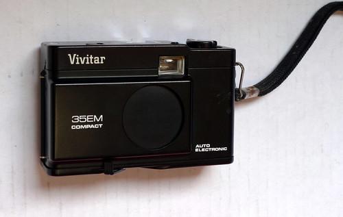 VIVITAR 35 EM Compact