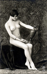 Kiki with vase by J. Mandel (c. 1928)