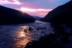 [フリー画像] [自然風景] [河川の風景] [朝日/朝焼け]        [フリー素材]