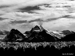 PATAGONIA - Lago Argentino (Marioleona) Tags: bw patagonia white black ice argentina mario glacier climbing glaciar nero ghiaccio ghiacciaio mariobrindisi cainapoli