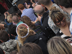 Lovebox Weekender (russelljsmith) Tags: uk friends england people music london festival fun concert victoriapark europe stage gig crowd drinks drunks 2009 clapping lovebox loveboxweekender 77285mm loveboxweekender2009 lovebox2009 lastfm:event=861454