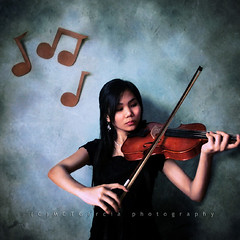 Week 31/52: Music is what feelings sound like (ilovestrawberries (Carmi)) Tags: music canon violin classical filipina ff violinist flickrites ilovestrawberries xti 400d mctgarcia