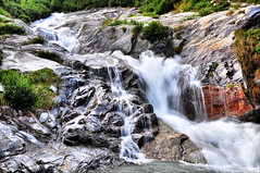 Mini Waterfall (Frank_F.) Tags: summer mountains austria waterfall sterreich rocks stream wasserfall sommer berge bach zillertal nikkor18105mmvr