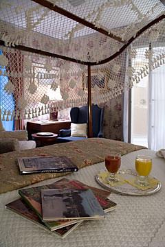 Parlour Room Guest Suite