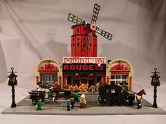 Moulin Rouge (Brickbaron) Tags: city paris town lego apocalypse 09 moulinrouge 2009 greengrocer cafecorner brickcon paulhetherington apocafest