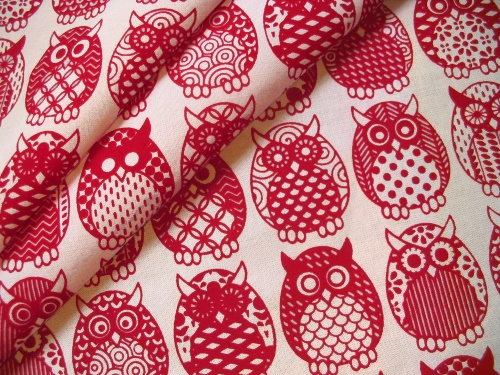 Owl Parliament in Cherry - folds