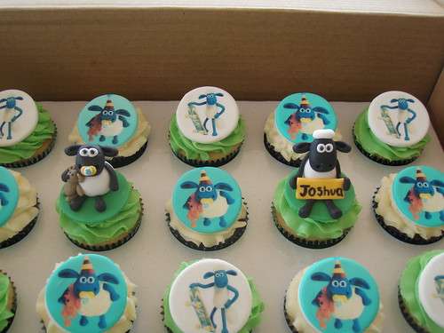 Mossy's masterpiece - Joshua's Shaun the sheep & Baby Timmy cupcakes