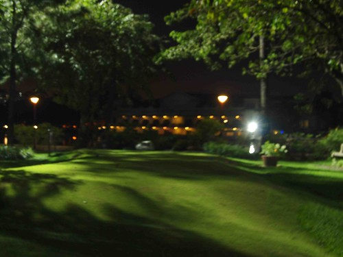Malacanang at night