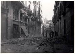 Calle del Caballero de Gracia 003 (Nite_Owl) Tags: madrid espaa buildings fire sadness tristeza spain destruction refugees explosion ciudad clash desolacin