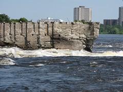 Deschenes rapid from the Quebec side (swdinesh) Tags: aylmer ottawariver deschenesrapid