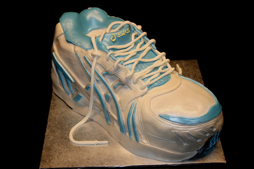 asics running shoe cake