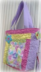 Rosa Lils... (Joana Joaninha) Tags: bag quilt flor rosa boto belohorizonte patchwork bolsa suave lils zi