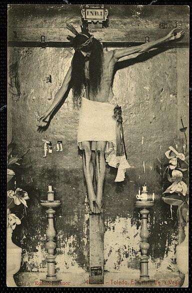 Cristo de la Vega (Antigua Basílica de Santa Leocadia) a principios de siglo.Foto hacia 1925 por Thomas