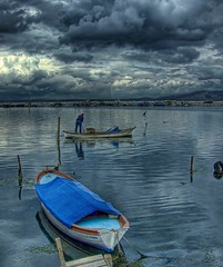 Fisher ... (Nejdet Duzen) Tags: trip travel blue sea storm rain clouds turkey boat cloudy trkiye fisher deniz mavi sandal izmir bulut seyahat yamur balk frtna inciralt theunforgettablepictures saariysqualitypictures ncralt