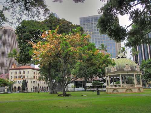 Gazebo at Iolani Palace