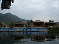 Srinagar,  dal lake : Road Trip to Kashmir Valley by dushyant_fst