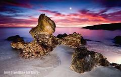Marsh Land (Muchilu) Tags: nova xpro nikon d flash nintendo sigma luna 64 amanecer ibiza zelda eivissa kdd 1020 90 marshland roca cala pintar iluminar cokin d90 muchilu flickerosdeibiza muchilujuanfcoturriera