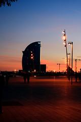 puesta del sol a la Barceloneta (Ebro .punto) Tags: barcelona sunset barceloneta puestadelsol