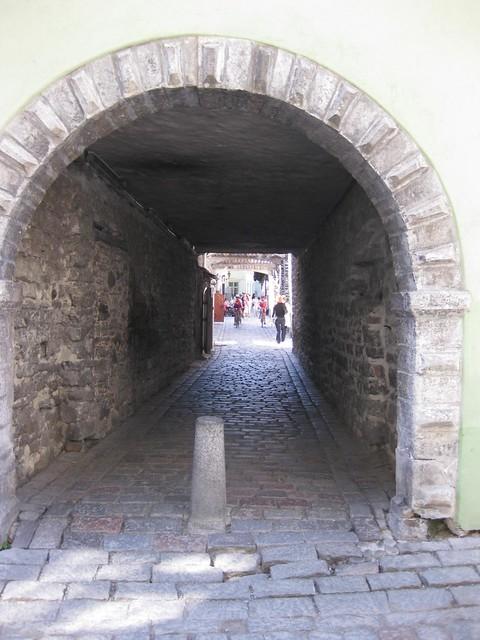 110521-Tallinn-Old-Town-19