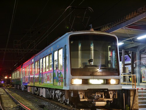 江ノ電2003F+501F稲村ヶ崎行き最終電車@長谷