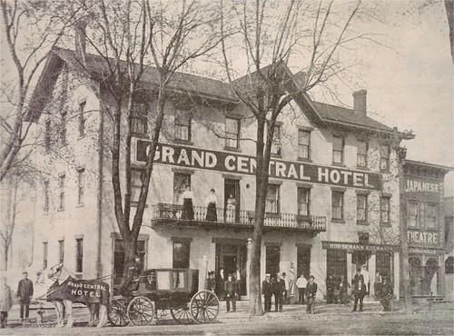 Grand Central Hotel - London, Ohio