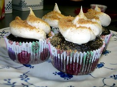 S'mores Cupcakes (VintageVictuals) Tags: food cake dessert cupcakes baking chocolate cream marshmallow smores cracker recipes graham frosting