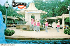 Opryland postcard (Smaddy) Tags: show music concert tn nashville drum tennessee postcard country band patio western horn 1970s dixie opryland 1976 dixieland mikeroberts