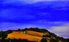 Campagna marchigiana n.5 (Uscè (OFF,OFF!!!!!)) Tags: friends light sky italy panorama green me nature landscape nikon europe italia country natura sole paesaggi marche jesi colline d60 staffolo coppari yourcountry paesaggimarchigiani