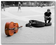 Songs' End (James Duckworth) Tags: street newyorkcity music cash washingtonsquare streetmusician muscian jimduckworth pprowinner alemdagqualityonlyclub playinforalivin jamesduckworth jamesduckworthphotography