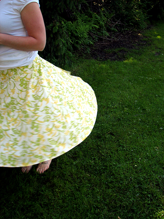 Yard-Sale Skirt