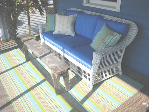 Whitecraft Sofa and Dash & Albert Rug in Pawleys Island.