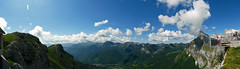 No hay palabras... (Portiman!) Tags: sky espaa mountains color clouds lumix spain panoramic explore cielo nubes cantabria montaas panormica picosdeeuropa fuented fz18 9fotos portiman