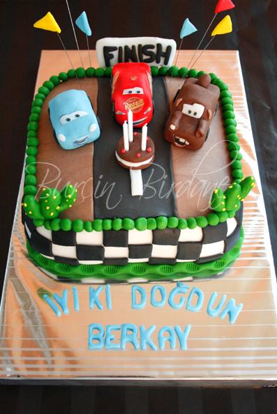 Disney Cars Cake1