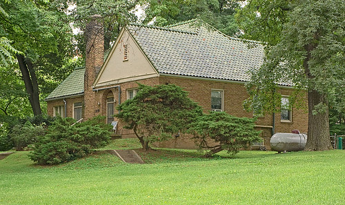 Home with green tile roof, in Kimmswick, Missouri, USA