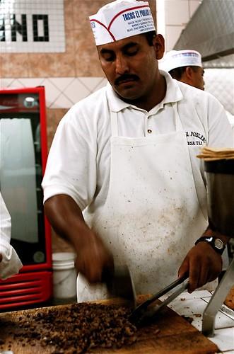chopping carne asada