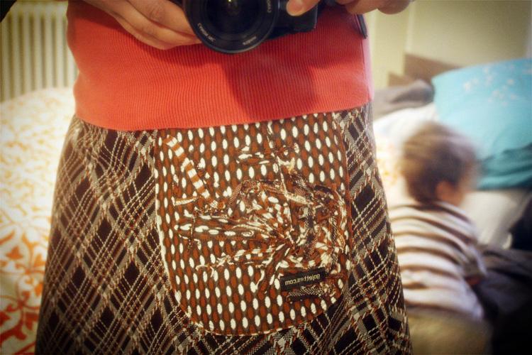 skirt_close