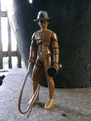 Bicentennial Jones (Meffi) Tags: cup hat toy actionfigure star robot jones starwars europe indiana celebration figure whip fedora wars concept grail exclusive indianajones c3po hasbro lucasarts georgelucas goblet mcquarrie ralphmcquarrie starwarscelebrationeurope