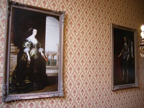 Oatlands Park Hotel - portraits of Charles I and Henrietta Maria