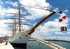 Majestuosa Fragata Libertad - Armada Argentina - (Mache Gomez) Tags: libertad grandes fragata navios