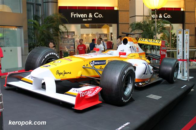 Renault F1 R29