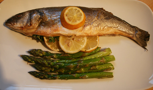 Sea Bass with Lemon and Asparagus