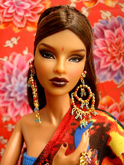 "Isha ""louves"" Louos (Nina-chan) Tags: india doll online exclusive glamorous isha jasonwu fashionroyalty louos purplepose"