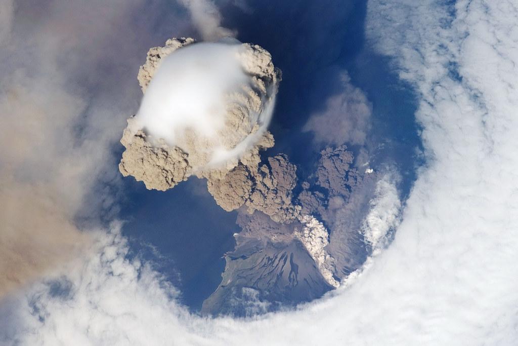 Sarychev Peak Eruption, Kuril Islands (2009)