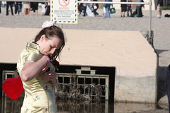 IMG_2239 (Nathalie_B) Tags: hermosabeach amandapalmer ninjaparty