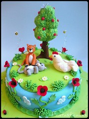 Un angolo del giardino (dettaglio) / A Corner of Garden (Close-up) (Fantasticakes (Ccile)) Tags: cats pets tree chicken garden kittens birthdaycake poppy sugarmodelling