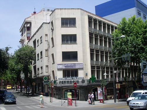 edificio farmacia 2