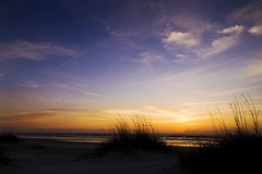 St Augustine Beach Sunrise (anadelmann) Tags: ocean blue sea sky orange usa sun moon beach grass night clouds sunrise landscape hotel sand colours heart florida f100 atlantic 7d fl bluehour dynax frontpage atlanticocean maxxum konicaminolta staugustinebeach v1000 konicaminoltadynax7d konicaminoltamaxxum7d anadelmann