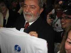 Lula wears FEDORA!!!!!